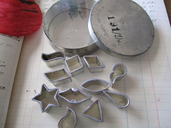 Small Cookie Cutters Collection in Box