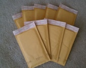 Kraft Bubble Mailer - 4in x 8in - Recycled Paper - 50 count - Self Sealing