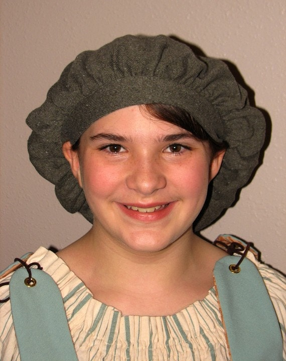 beret style knit hat