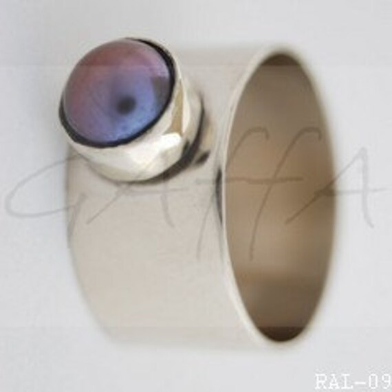 Engagement ring -  with Pearl