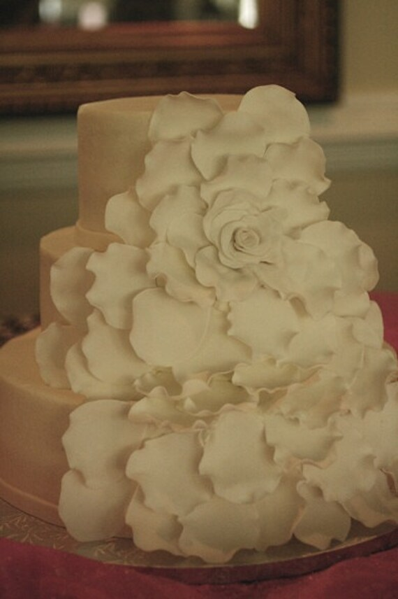 wedding cake with rose petals petals for the large gumpaste flower for by 26958