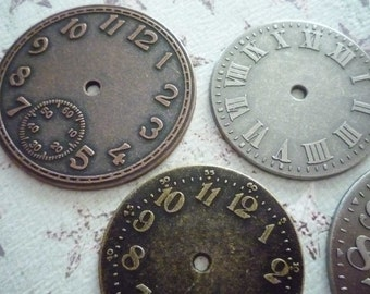 Set of 5 Large Clock Watch Faces - Timepieces - Steampunk by Tim Holtz in Antiqued Silver Brass & Copper - Qty 5 pieces (429743)
