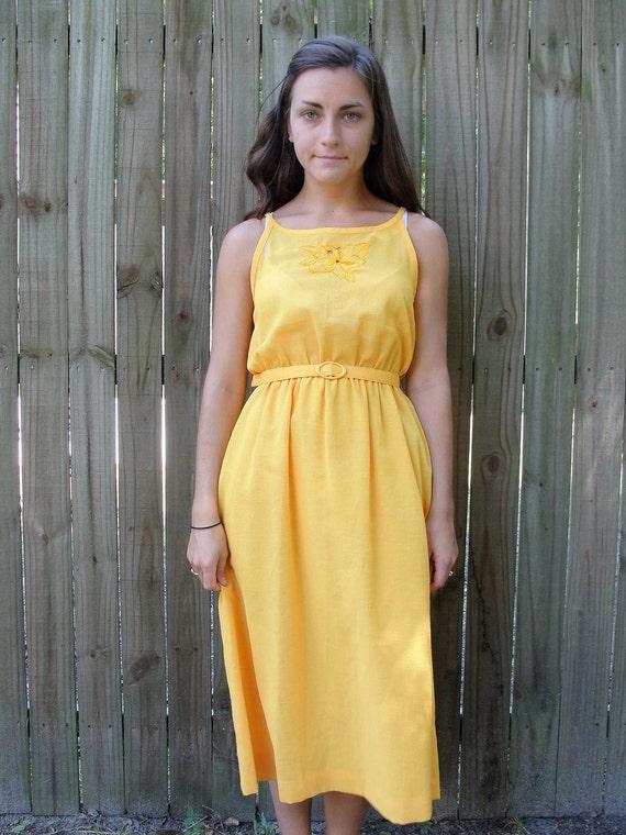 Vintage 1970s Dress / 70s Yellow Day Dress / Sunshine On My Shoulders Sundress