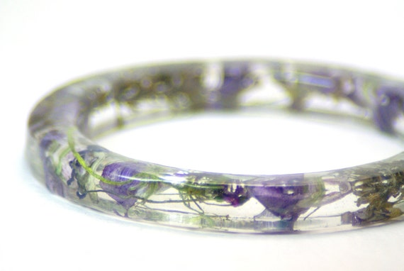 Real Flower Bracelet- Purple Bracelet- Resin Jewelry- Dried Flower Jewelry- Resin Bangle