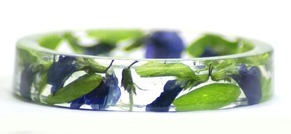 Flower Jewelry- Flower Bracelet- Purple Bracelet-Purple Jewelry- -Resin Jewelry- Real Dried Flowers- Green Bracelet- Green Jewelry