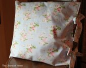 Cottage Style Pillow Cover