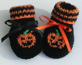 Baby Pumpkin Halloween hand knit booties Newborn - BabywearbyBabs