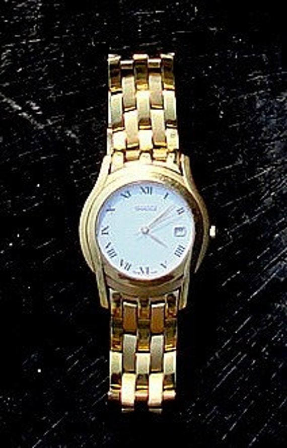 Mens Gucci 5400M 18K Watch This is a 1,200.00 Watch