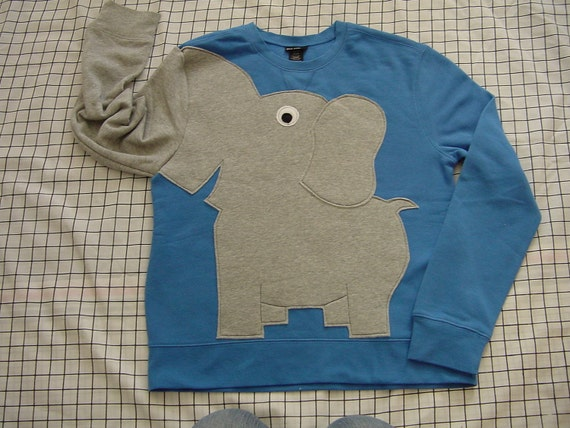 Fun Elephant Trunk sleeve sweatshirt ladies M FRENCH Blue