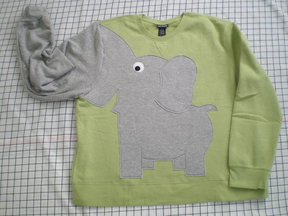 Fun Elephant Trunk sleeve sweatshirt ladies 2X CELERY green