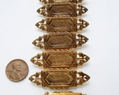 4 Vintage Gold tone small Art Deco brooches HC124.