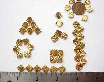 20 Art Deco vintage gold tone embellishments HC010. st 2016.