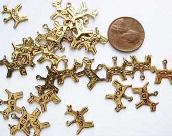 20 Vintage Gold tone Inca dog Charms HC167.
