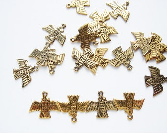 20 Vintage Gold tone Inca Bird Charms HC170. Half price sale, was 9.99 now 5.00