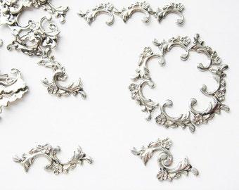 20 Vintage silver toned flower flourish embellishments HC067