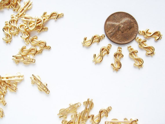 20 Vintage Gold tone Dollar sign Charms HC144.
