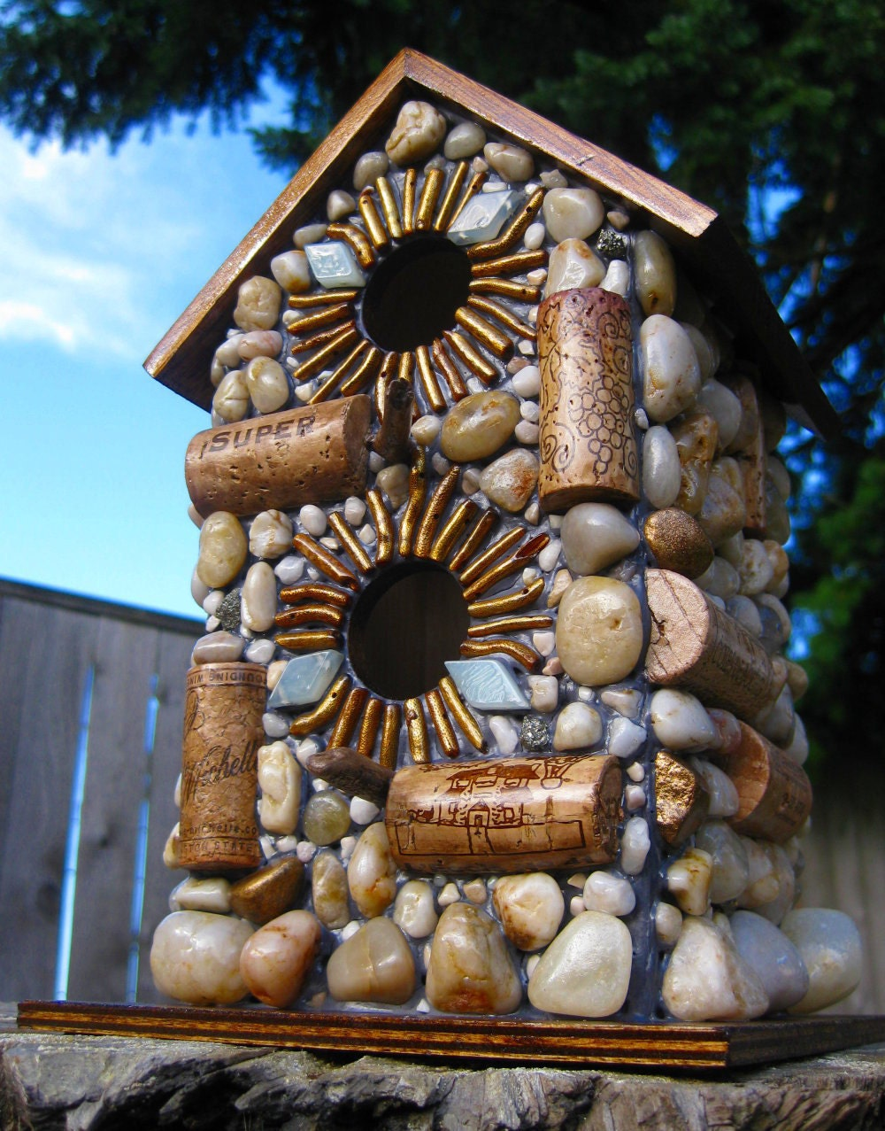 Outdoor wine cork birdhouse with gold accents for How to build a birdhouse out of wine corks