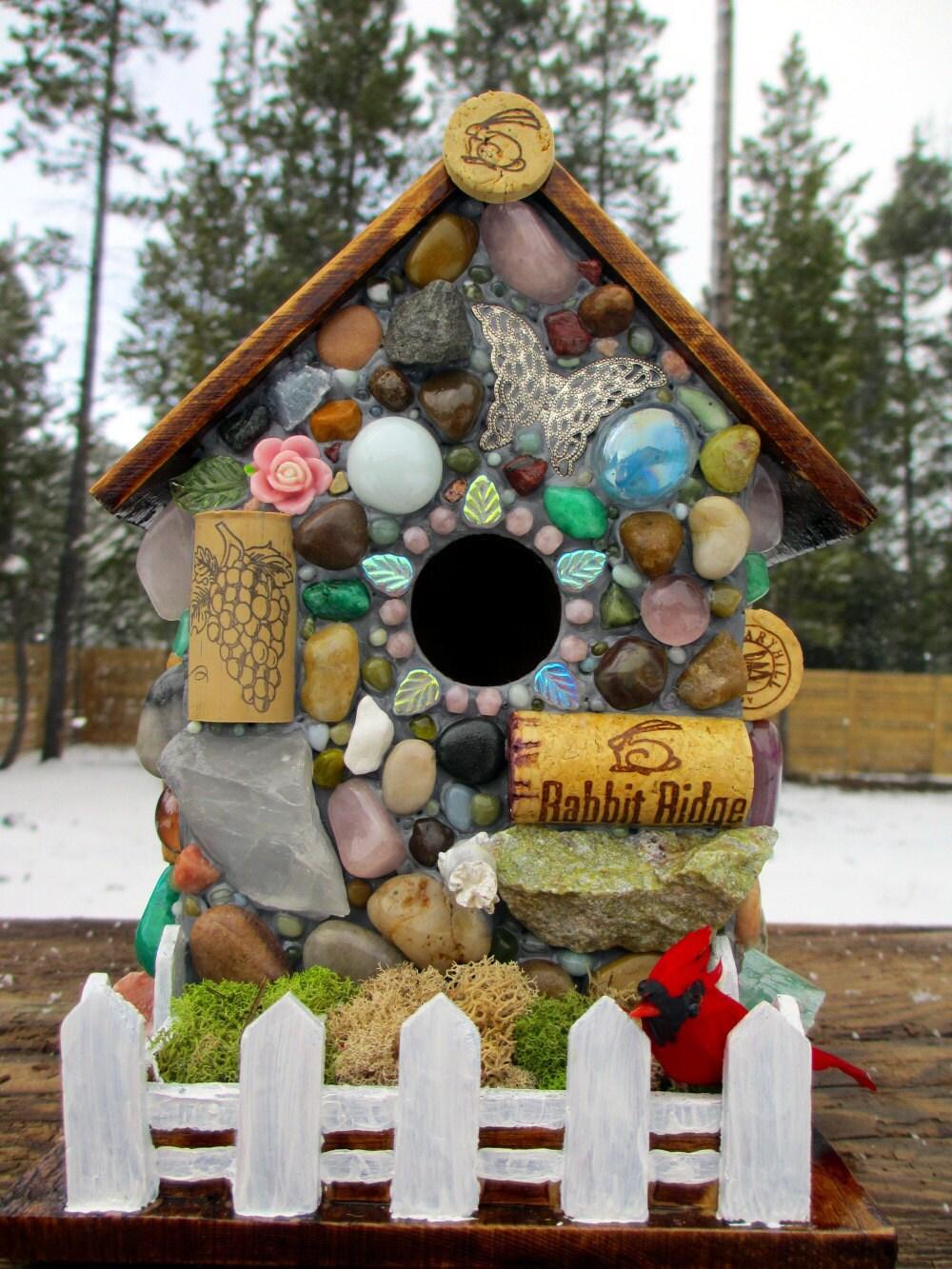Wine cork birdhouse mosaic garden art for Garden design ideas cork