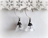 White Tulip Three Petal Flower Earrings. Czech Clear Crackle Glass Trampet Earrings. 925 Sterling Silver Earrings. Spring Trends