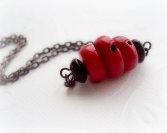 Red and Black Statement Necklace. Natural Red Coral Necklace. Black Agate Necklace. Wire Wrapped Necklace.