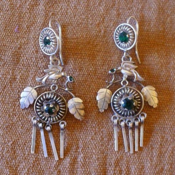 SALE- Silver Earrings Ecuador Frida Style Birds Leaves Green stones Vintage