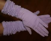 vintage forearm length lavendar- light purple gloves