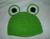 Frog hat for baby - cute photo prop