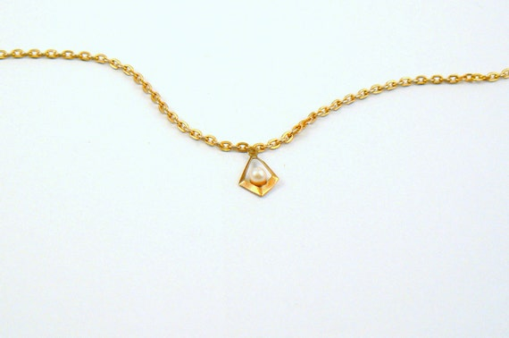 Vintage gold and pearl pendant