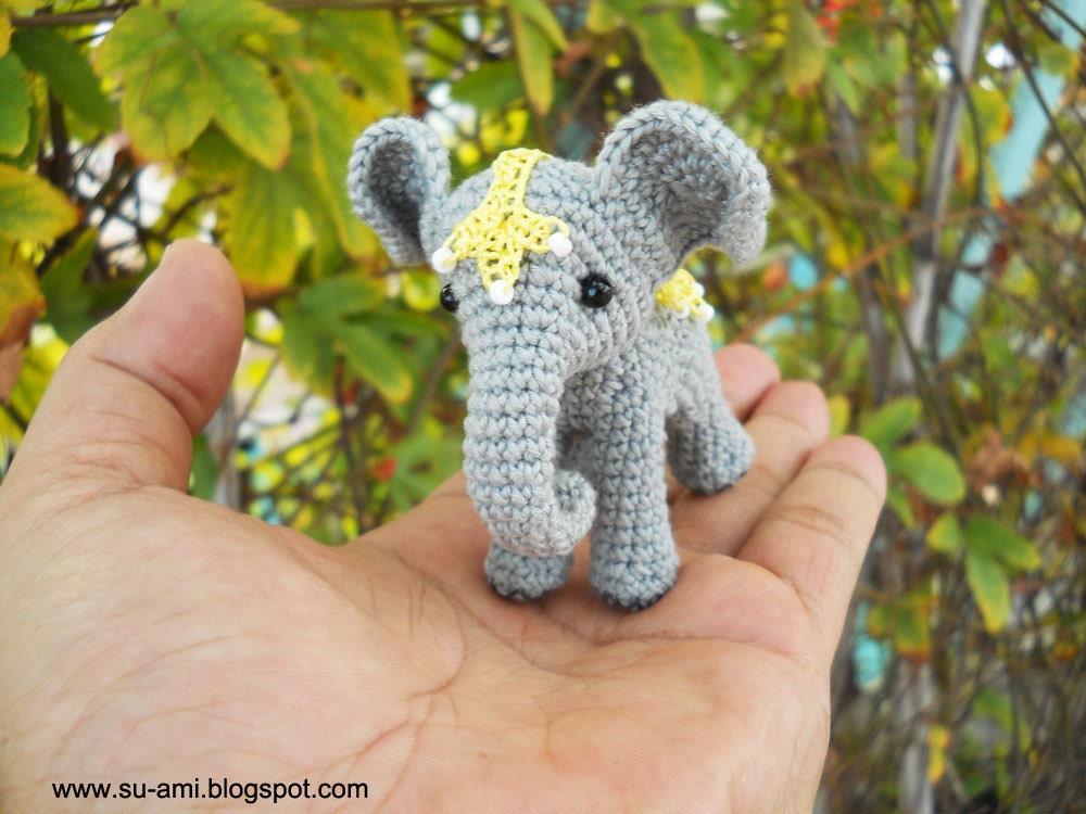 Circus Elephant Miniature Crochet Elephant With Lace