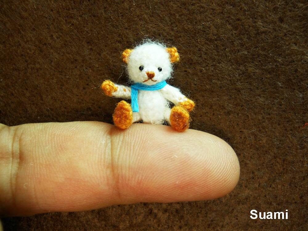 Amigurumi Mini Bear : Cute White Bear Blue Bow Micro Thread Artist Crochet