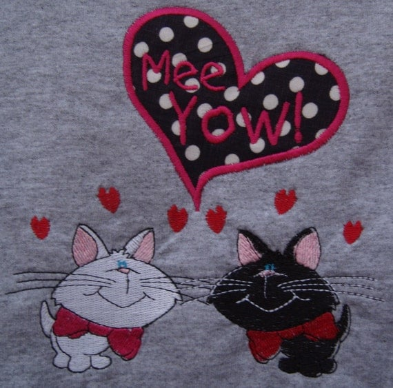 Embroidered t shirt cats MEE YOW love cats  with applique