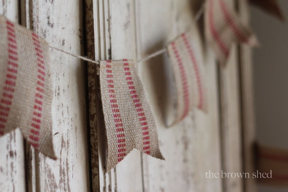 red vintage inspired burlap-esque bunting