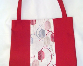 Red canvas and hanging lantern print bag