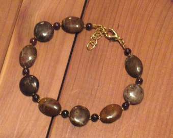 Rainbow Agate and Garnet Bracelet (B1083)
