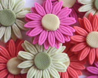 12 fondant cupcake toppers gerber (gerbera) daisies