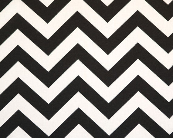 """1 Yard """"Zig Zag"""" Fabric in Black and White Chevron Print, End Of Bolt"""