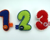 Felt birthday number pin badge brooch - Custom Order, I am ... 1 2 3 4 5 6 7 8 9 10 - WAS 7.00 NOW 5.00