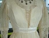 Vintage 1970s Gunne Sax jessica mc clintock sytle wedding dress lace up bridal gown hippie chic