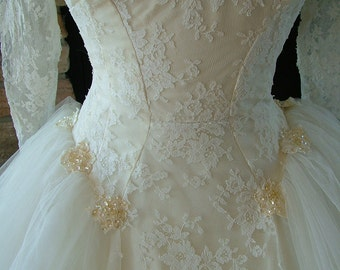 Beautiful vintage 1950s fashion forward wedding dress bridal gown with lace tulle sequins and beads