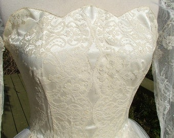 Vintage wedding dress chantilly lace tulle 1950s tea length ballerina length