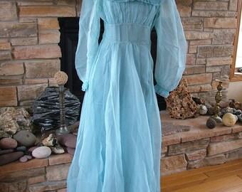 Wedding dress bridesmaid attendants robins egg blue 1930s vintage dress