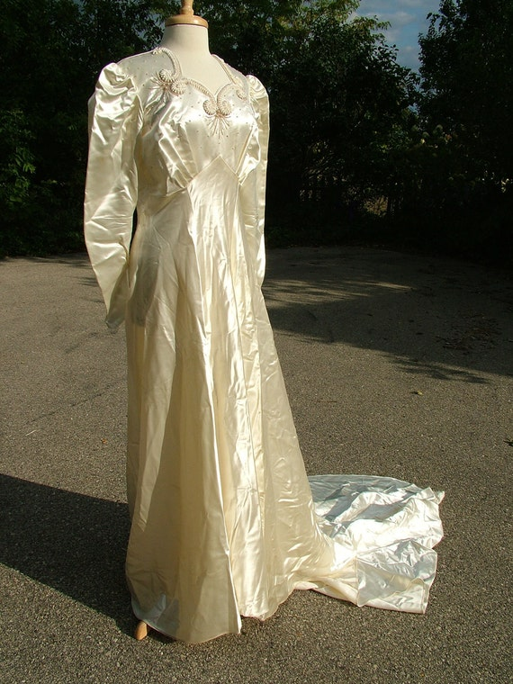 vintage 1940s slipper satin wedding gown by