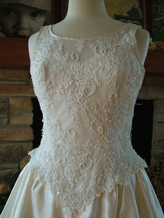 Items similar to wedding dress 1990s gloria vanderbilt for Gloria vanderbilt wedding dress