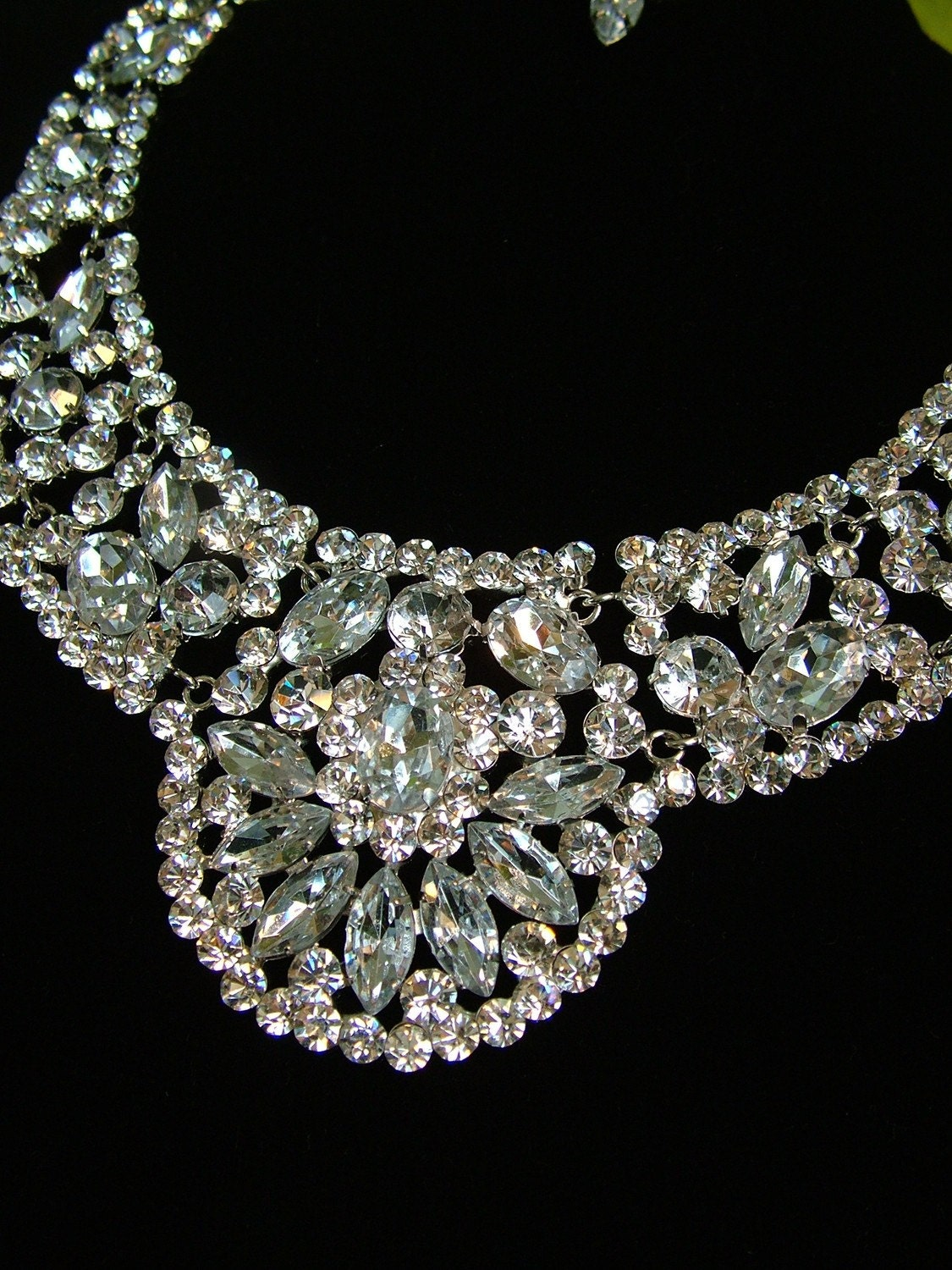 1930s rhinestone vintage inspired necklace jewelry with
