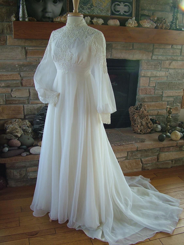 Vintage wedding dress 1970s chiffon with alencon lace bodice