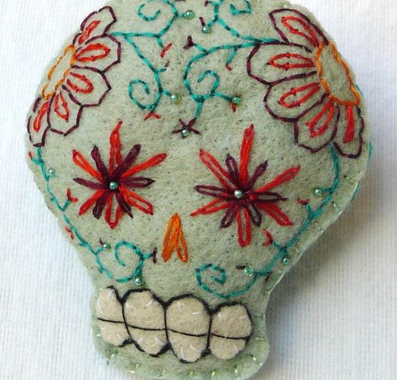 Sugar Skull Pin/Magnet