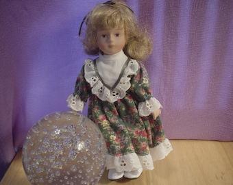 Vintage 8 inch Porcelain Topaz Doll, Victorian, Shabby Chic, Dolls, Toy, Antique, Exotic, Elegant, Renaissance, Edwardian, Classic, Retro