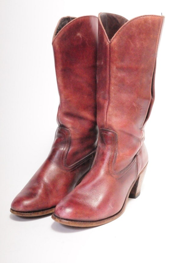DEXTER tall red boots Size8 devilish
