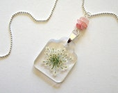 Queen Anne's Lace and Rose Quartz Cairn - Real Flower Garden Necklace