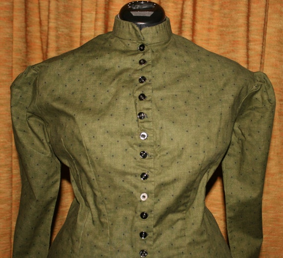 Green Lined 1882 Victorian Tea Gown with train
